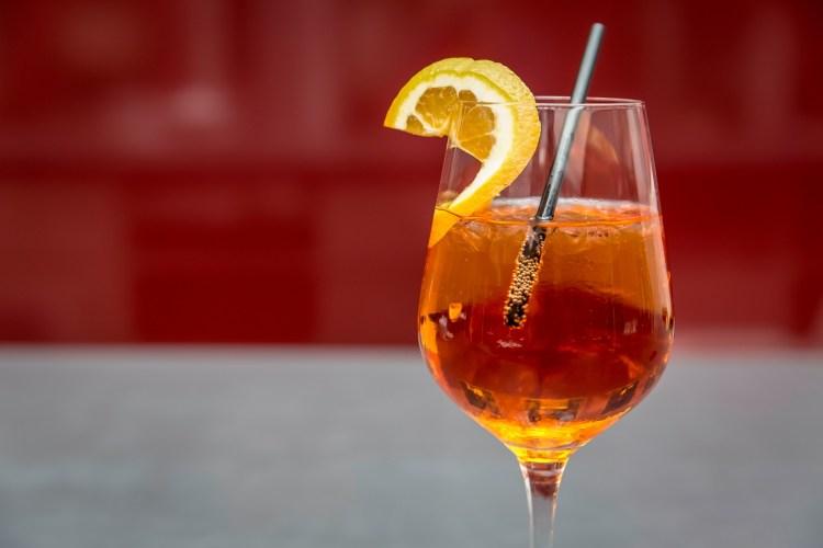 aperol spritz teach english in italy