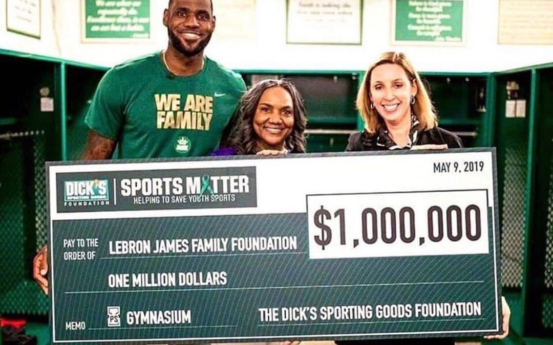 LeBron James Partners Up With Walmart To Give Out 1 Billion Meals To The Hungry