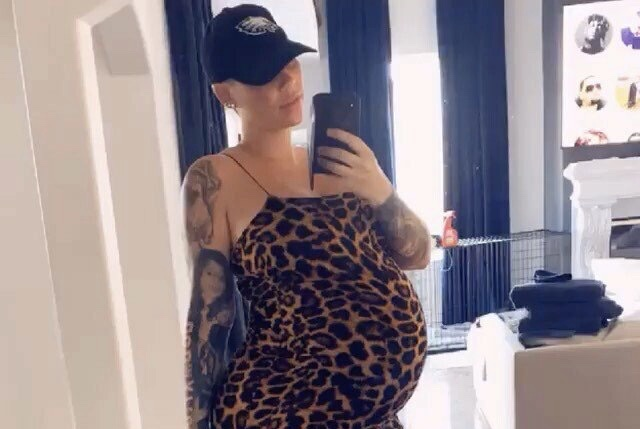 Amber Rose and Alexander 'AE' Edwards welcome son