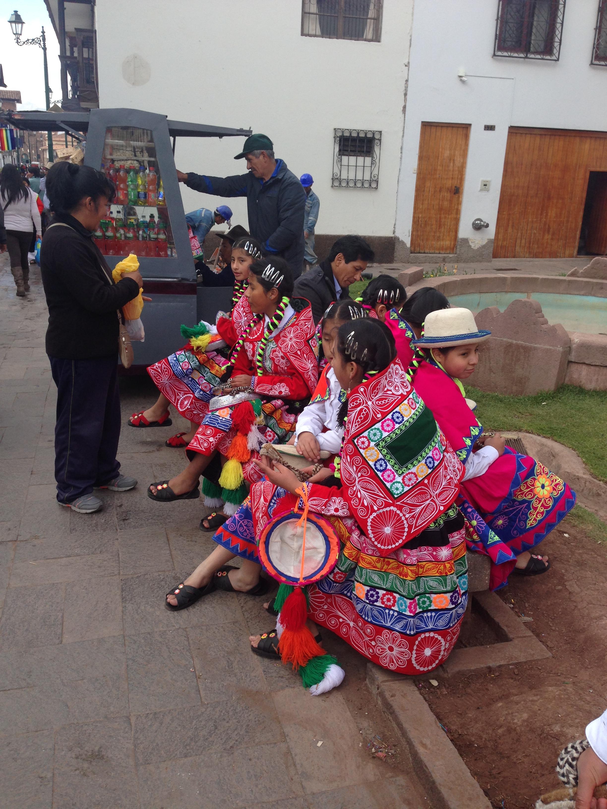 那高山, 人口約30萬人, 庫斯科省的首府,祕魯庫斯科 – WHERE IS YORK