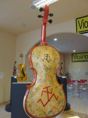 Violin decorated by Filippo Scozzari, cartoonist, illustrator and writer