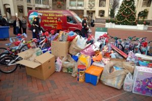 Toys For Tots Where Outside Is In