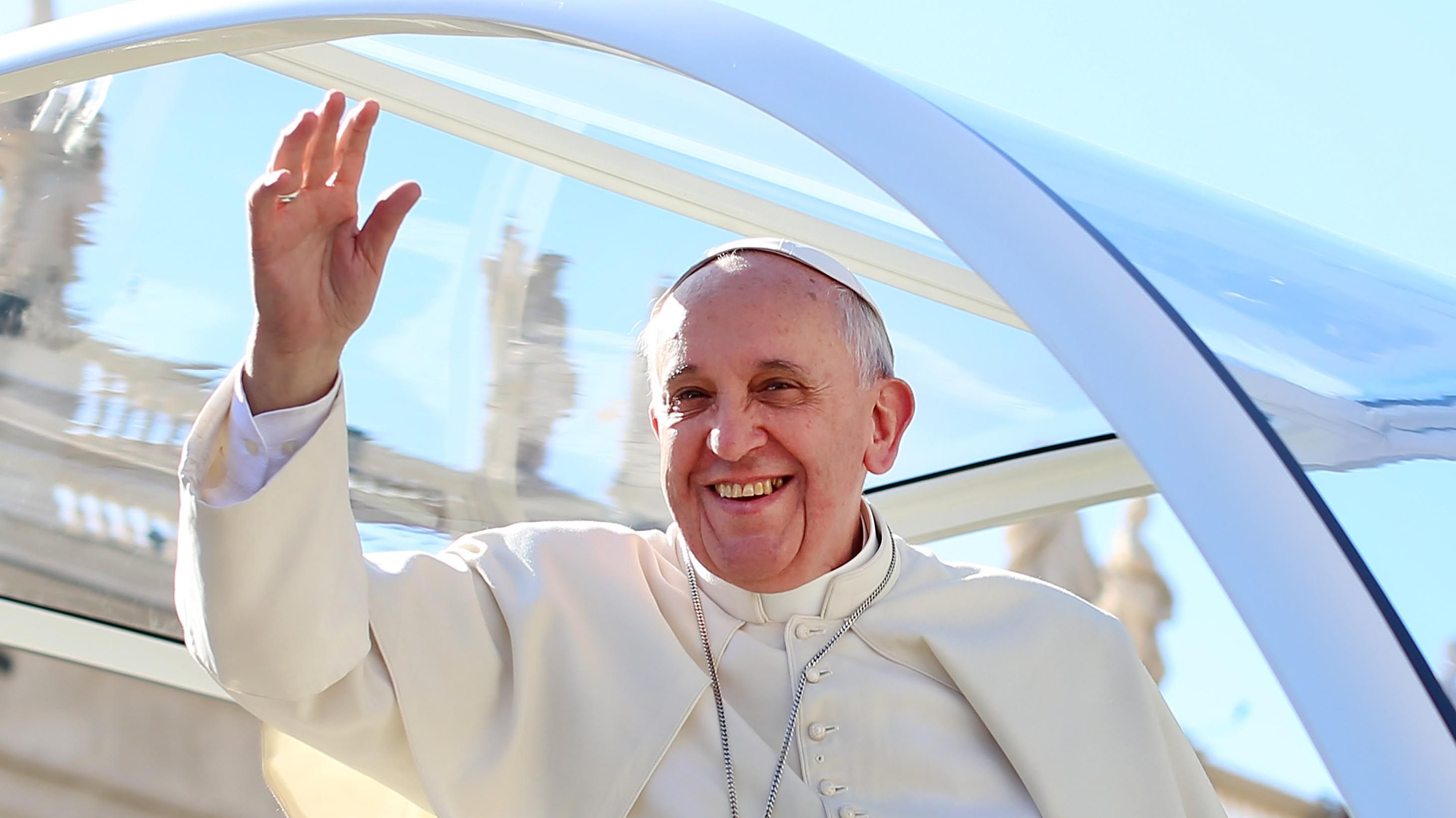 Pope-Francis-Wave