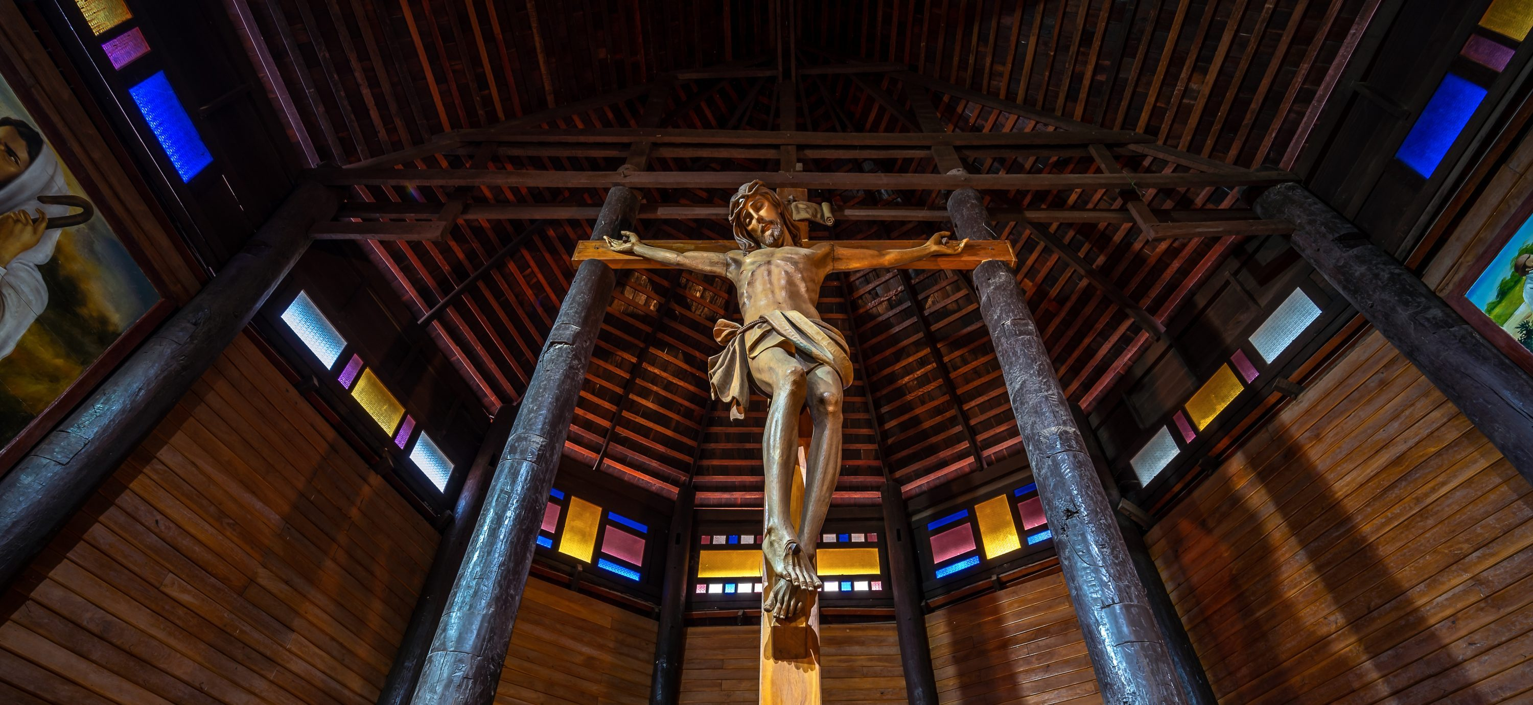 Catholicism in Thailand and Japan, By the Numbers