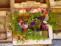 The cubby/tombs are often very well maintained and decorated by the familes.