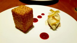heston-blumenthal-dinner-melbourne-dessert-lamington-cake