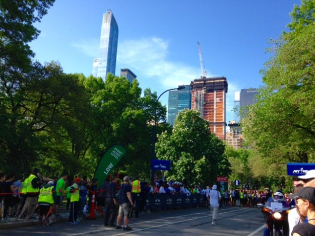 The start of NYRR's Healthy Kidney 10K, before my face-plant.