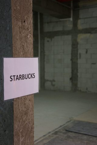 Dining Plaza Arkadia Starbucks