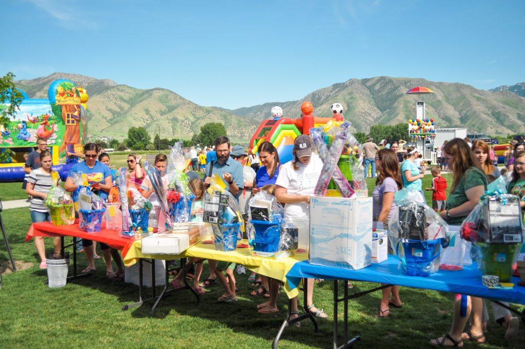 Are foodtrucks a good idea for a school festival or fundraiser?