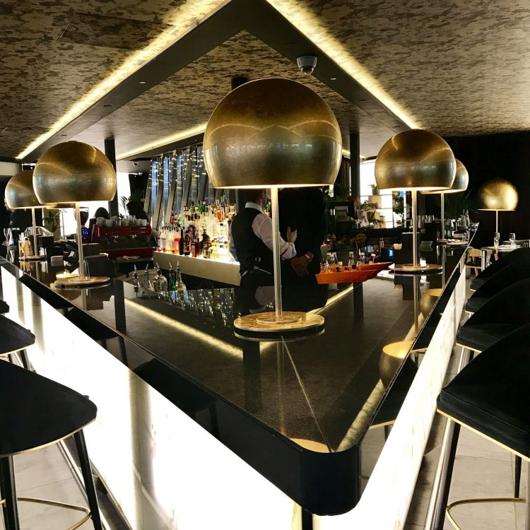 Indoor bar in the shape of a V