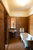 Bath. Frank Lloyd Wright's Oak Park house.