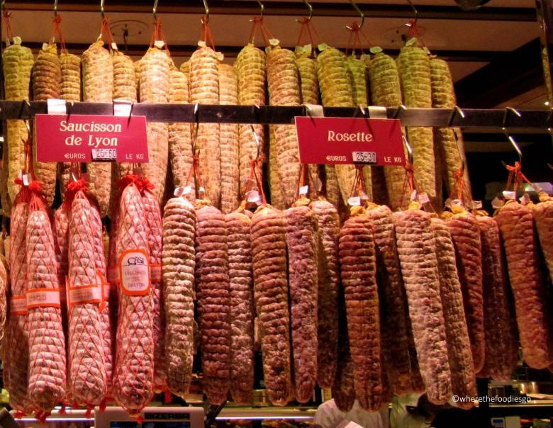 les halles Lyon - where the foodies go2
