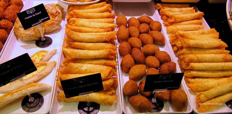 les halles Lyon - where the foodies go20