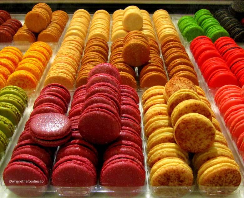 les halles Lyon - where the foodies go3