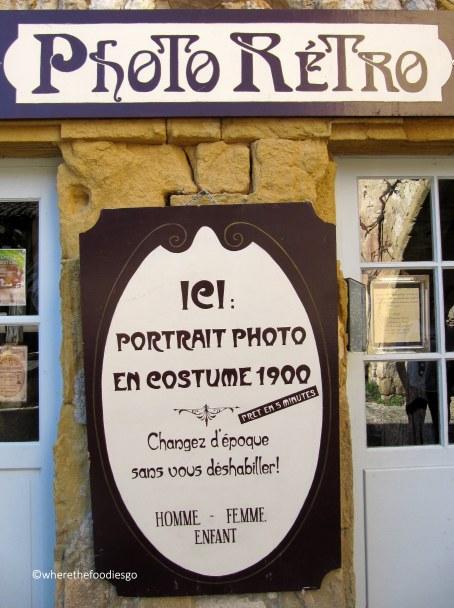 monpazier original shops - wherethefoodiesgo