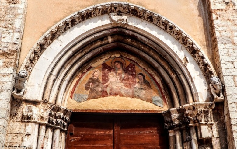 Church door fresco, Trevi