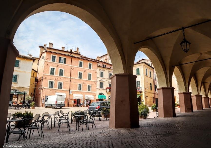 Porticato in Trevi, Umbria