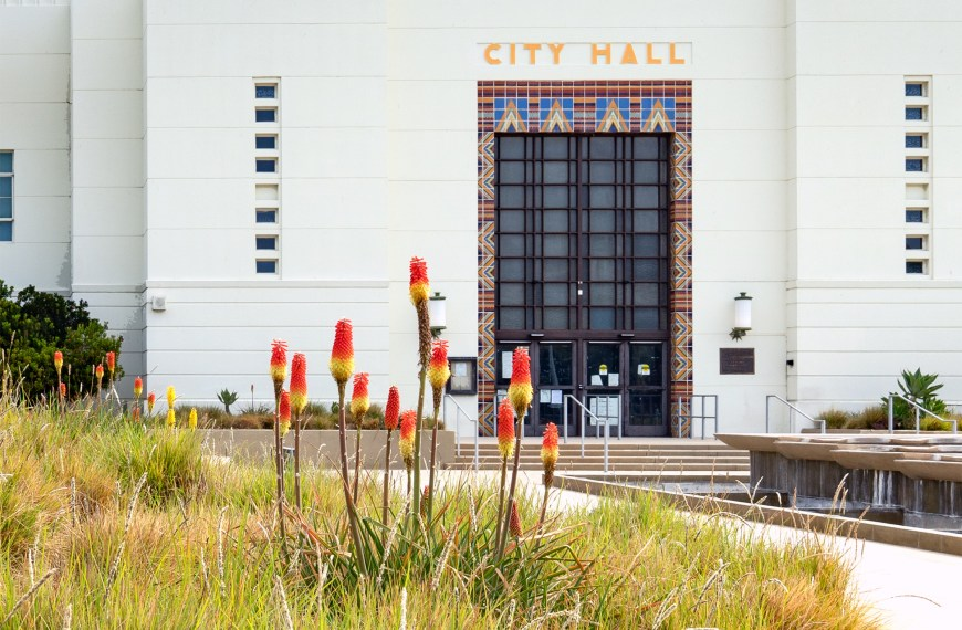 Santa Monica City Hall Plus