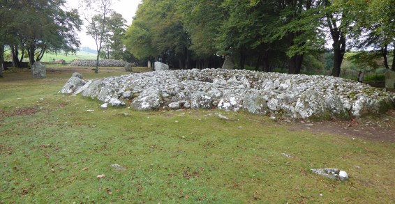 4,000 Year Old Graves and an 18th Century Battlefield: Clava