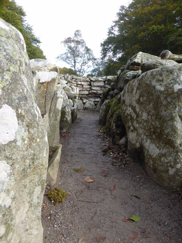 4,000 Year Old Graves and an 18th Century Battlefield: Clava Cairns