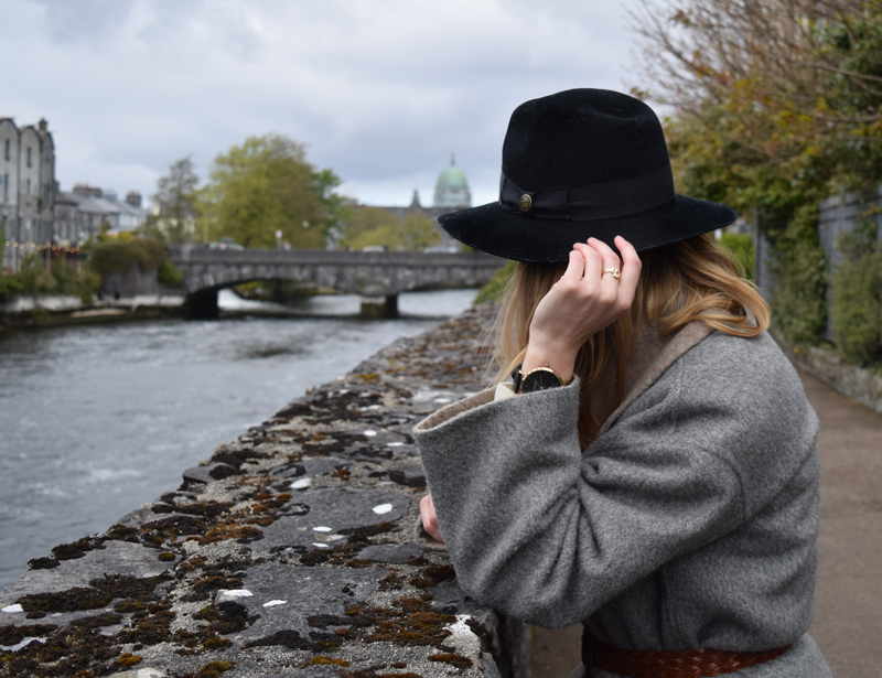 A-Walk-Through-Galway-Ireland-River-Corrib-Path