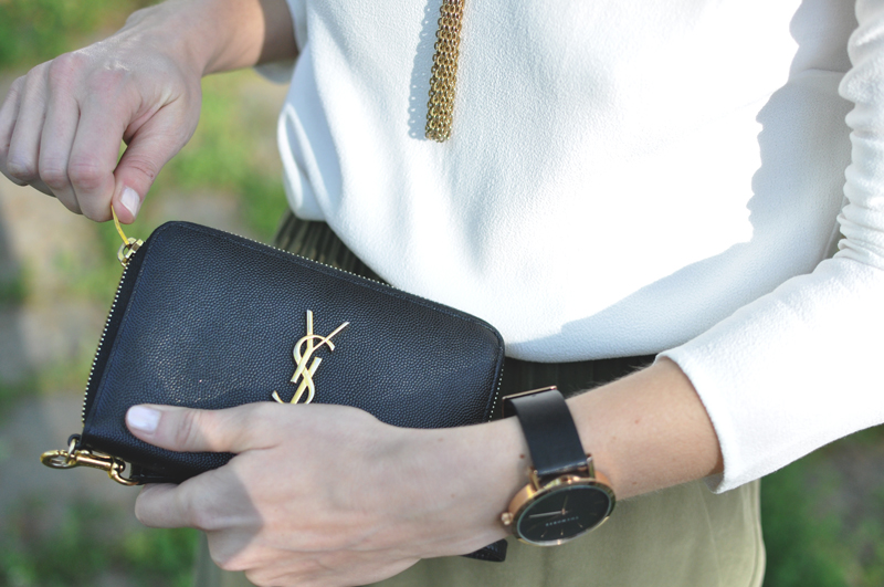 YSL-Caviar-Leather-Gold-Black-Zip-Wallet-Wristlet-Blogger-Bag-The-Horse-Watch-Made-in-Australia