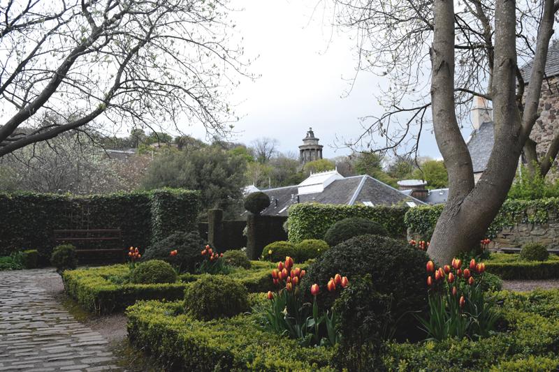 Dunbars-Close-Garden---Edinburgh-Scotland---Pocket-Park