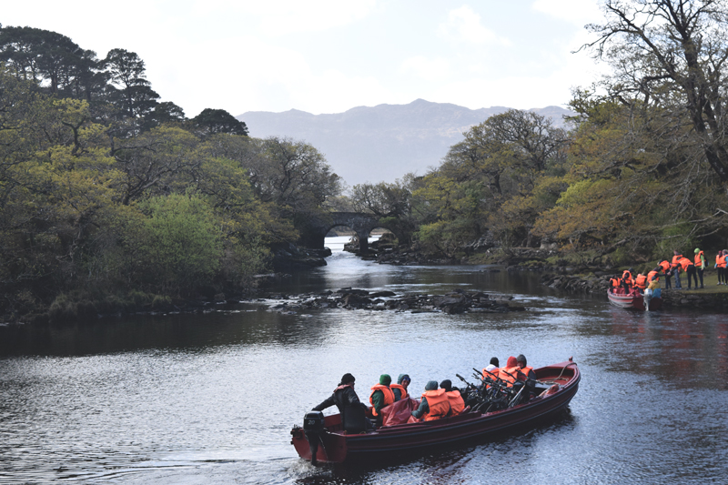 The-boat-through-Killarney-National-Park-Gap-of-Dunloe-to-Kates-Kearneys-from-Cottage-Day-Tour