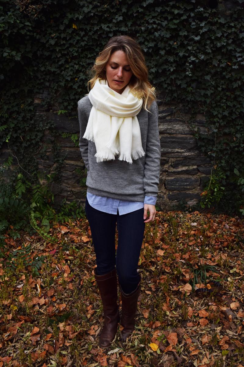 chakanu-oversized-alpaca-wool-scarf-white-cream-zady-sweater-boyfriend-buttonup-shirt-paige-frye-boots