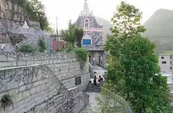 Chinese authorities destroy two Marian shrines