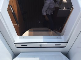 Jeanneau Sun Odyssey 44DS Companionway
