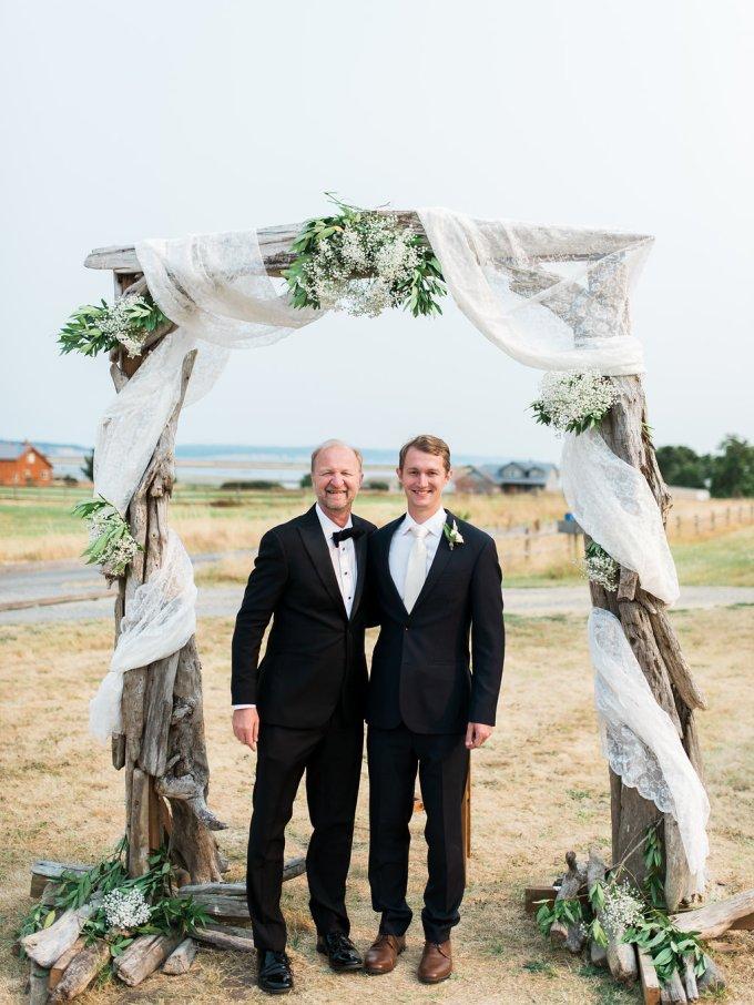 Dani-Cowan-Photography-Destination-Wedding-Photographer-Whidbey-Island-Crockett-Farms-288
