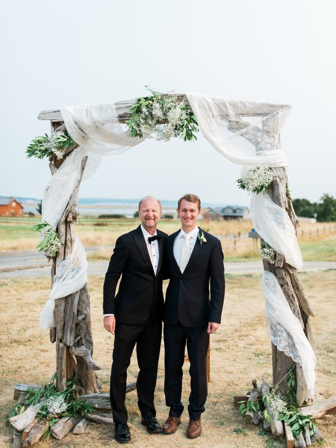 Dani-Cowan-Photography-Destination-Wedding-Photographer-Whidbey-Island-Crockett-Farms-288
