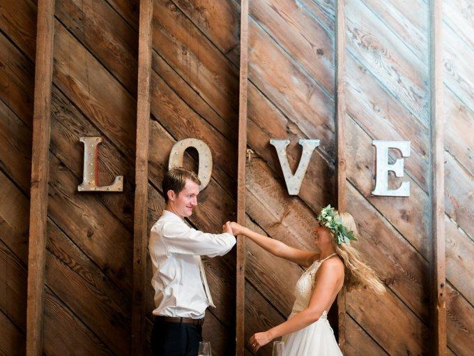 Dani-Cowan-Photography-Destination-Wedding-Photographer-Whidbey-Island-Crockett-Farms-480