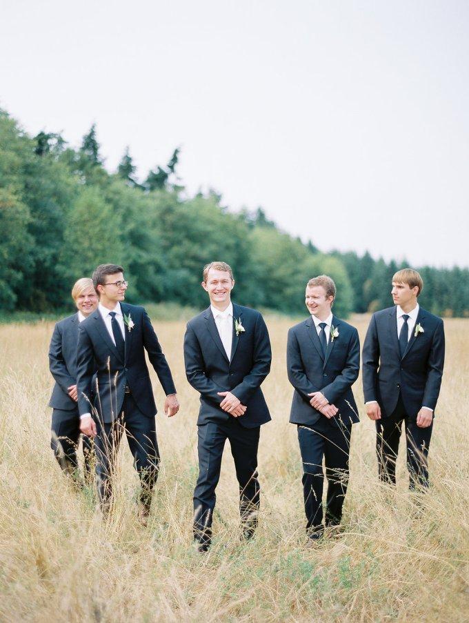 Dani-Cowan-Photography-Destination-Wedding-Photographer-Whidbey-Island-Crockett-Farms576