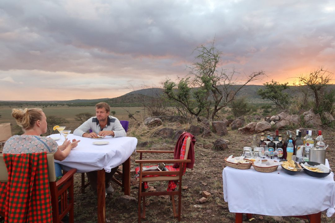 Serengeti Acacia Camps Bush Dining - whileinafrica