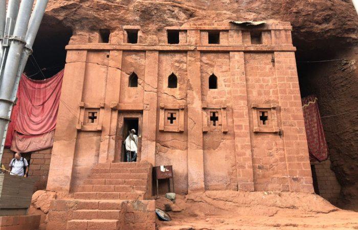 lalibela-church-whileinafrica