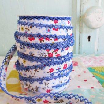 When Quilt Market is Really Worth It: Vintage Door's Crochet Edge Bias Tape