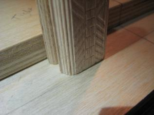 Use 10+6 mm to create the offset for the domino to center the workpiece. Brilliant.