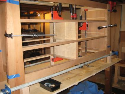 """Gluing up center """"I-Beams"""" using 20 mm dominoes and pocket screws"""