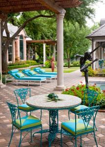 Green and Turquoise Patio Furniture