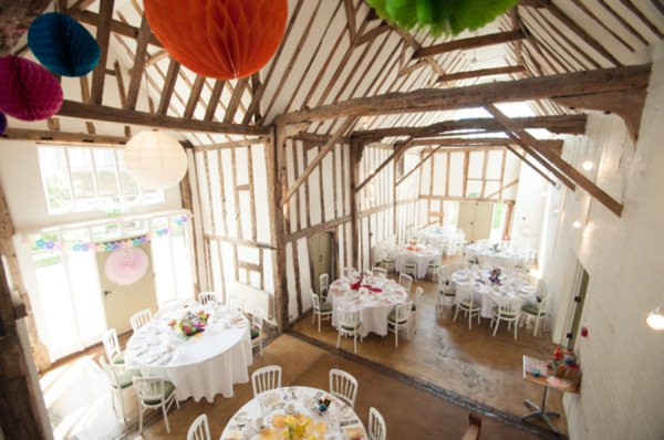 colourful barn wedding http://www.georgimabee.com/