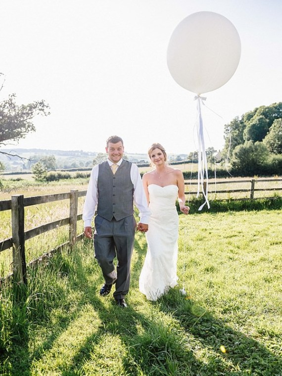 Quirky Rustic Lemon Yellow Wedding http://www.motifphoto.co.uk/