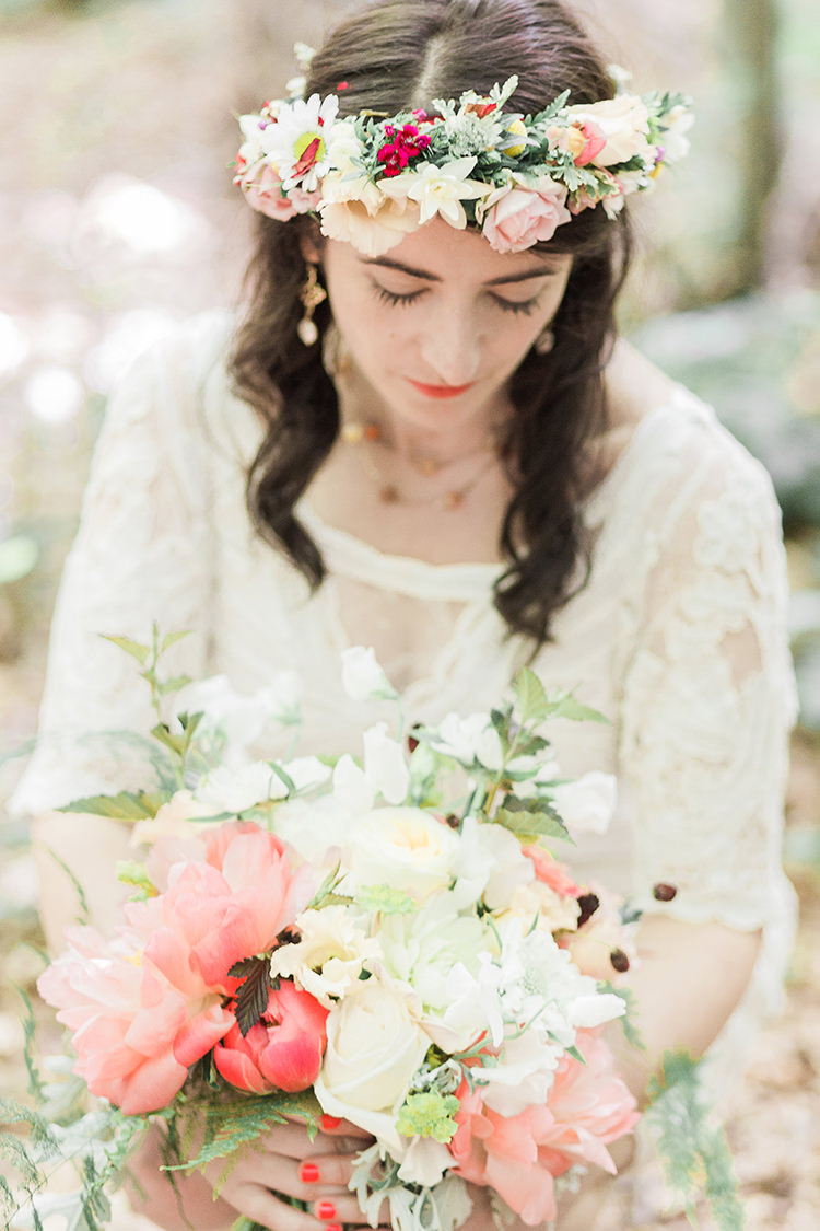 Flower Crown Bride Bridal Peach Pink Coral Cream Indie Hand Made Outdoor Woodland Wedding http://www.ilariapetrucci.co.uk/