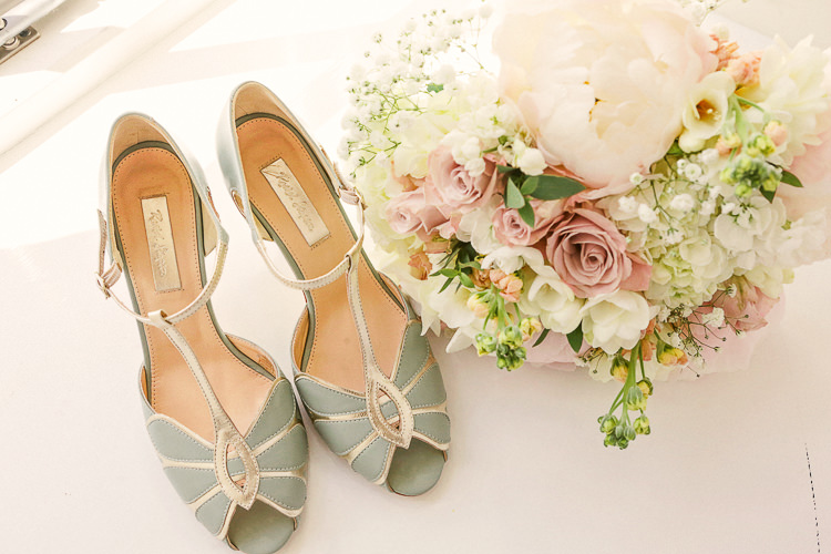 Rachel Simpson Green Mint Shoes Rustic Laid Back Tipi Wedding http://helenrussellphotography.co.uk/