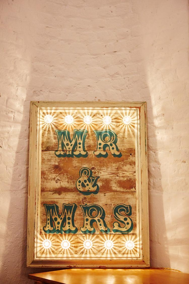 Mr Mrs Fairground Light Sign Industrial Country Rustic Wedding https://www.fullerphotographyweddings.co.uk/