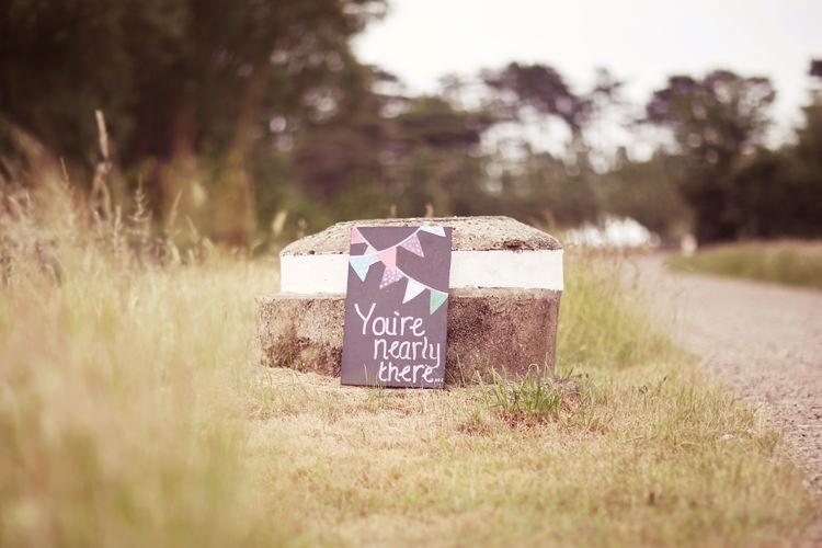 Chalk Black Board Sign Welcome Mismatched Fairground Woodland Wedding http://www.rebeccaweddingphotography.co.uk/