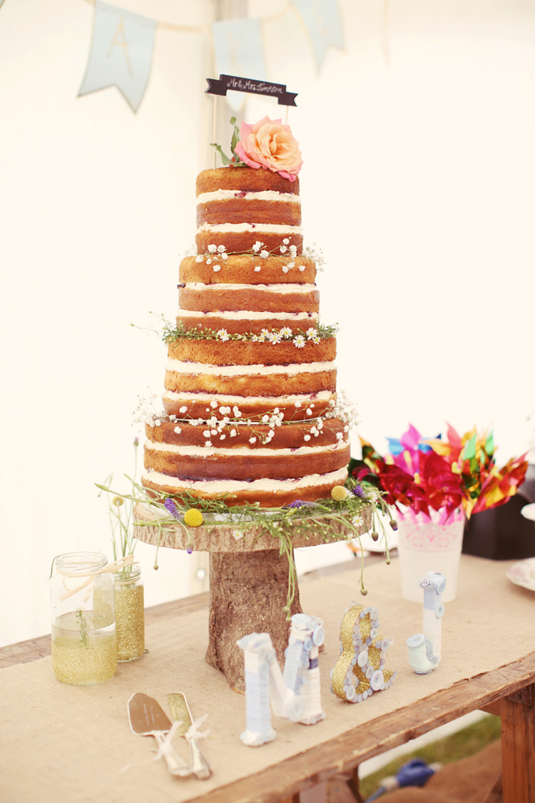 Naked Cake Log Stand Layer Sponge Topper Mismatched Fairground Woodland Wedding http://www.rebeccaweddingphotography.co.uk/