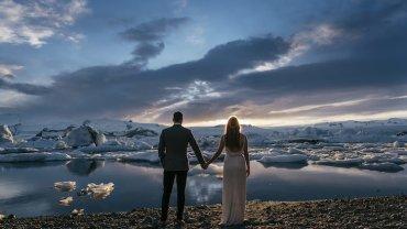 Glacier Lagoon Iceland Anniversary Shoot http://marcsmithphotography.com/