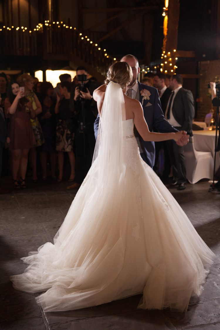 First Dance Cosy Winter Barn Wedding http://kerryannduffy.com/